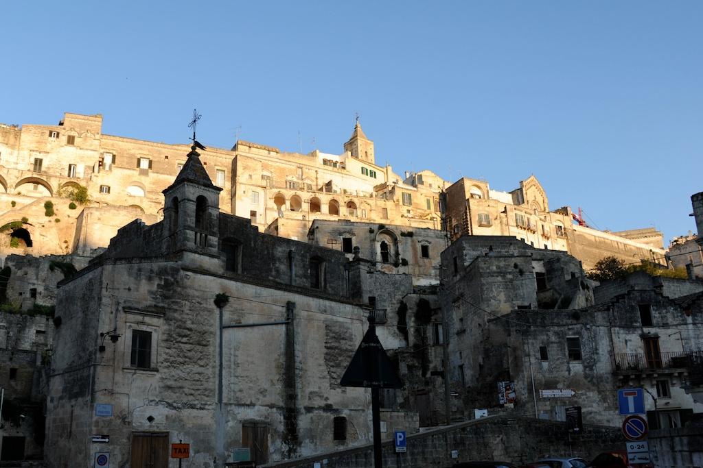 Stadtansicht von Matera mit Dom