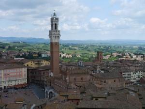 Siena in der Toskana, Blick auf die Piazza del Campo