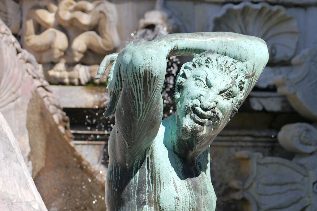 Groteske Figur am Neptun Brunnen, Piazza della Signoria.