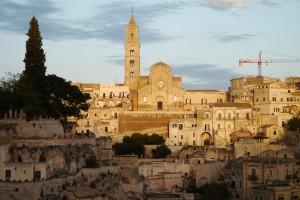 Der Dom von Matera in der Abendsonne