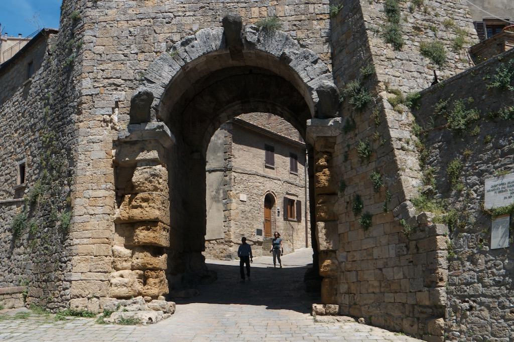 Das etruskische Stadttor von Volterra