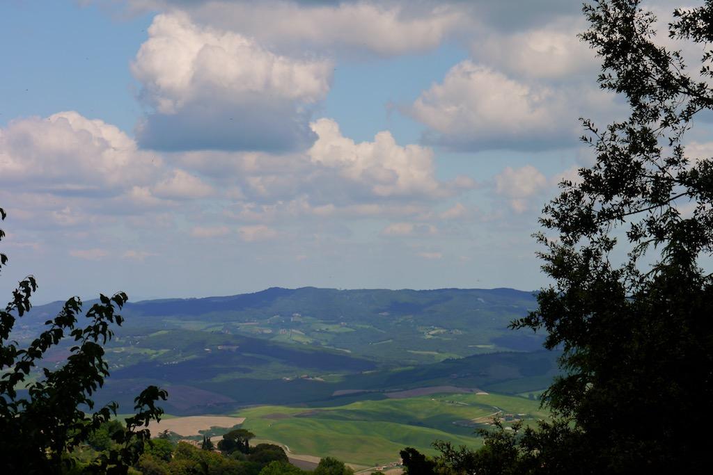 Volterra, Blick ins Val di CecinaT