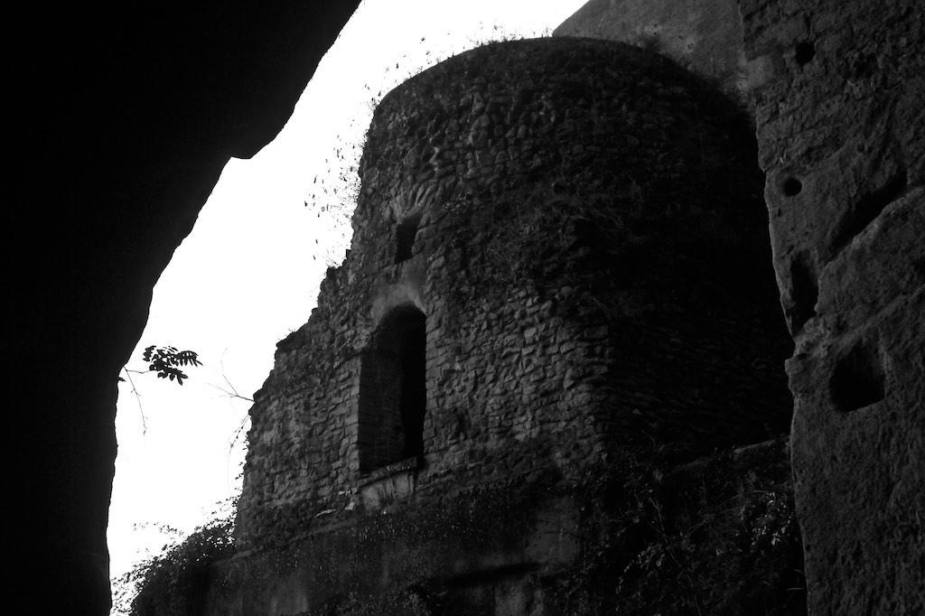 Das Grab von Vergil in Neapel