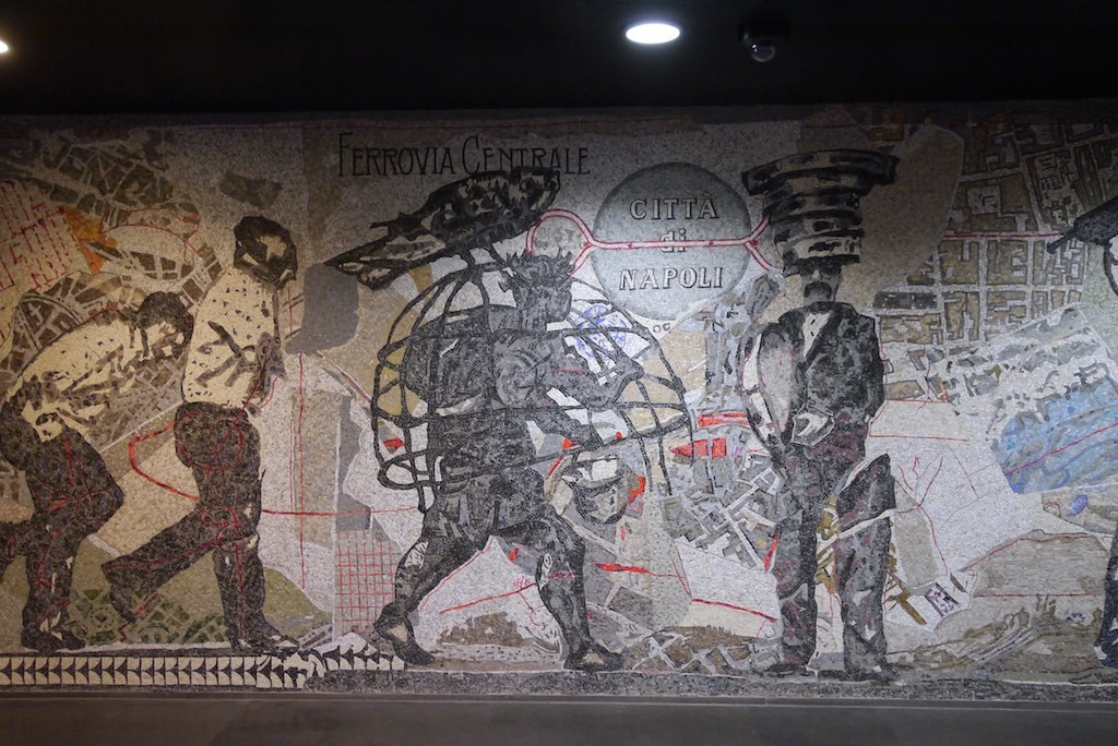 Mosaik von William Kentridge in der Stazione Toledo.