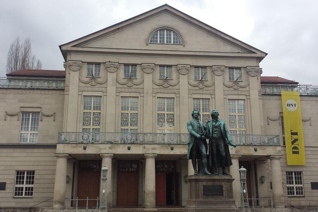 Theaterplatz_GoetheSchiller
