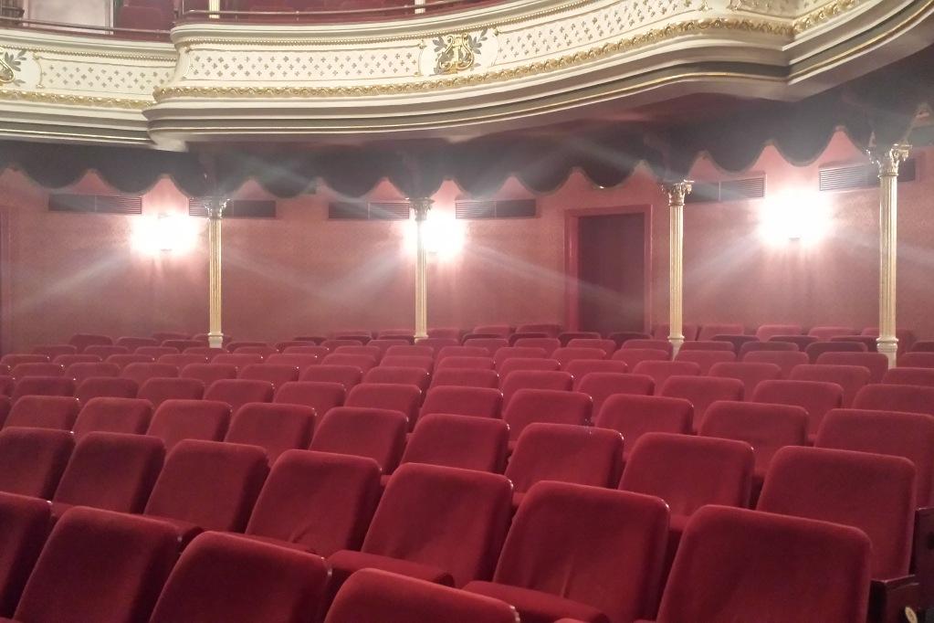 Norderney_Kino_Kurtheater_Parkett
