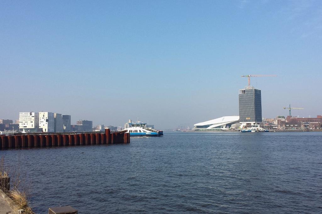 Amsterdam_IJ_2Ufer