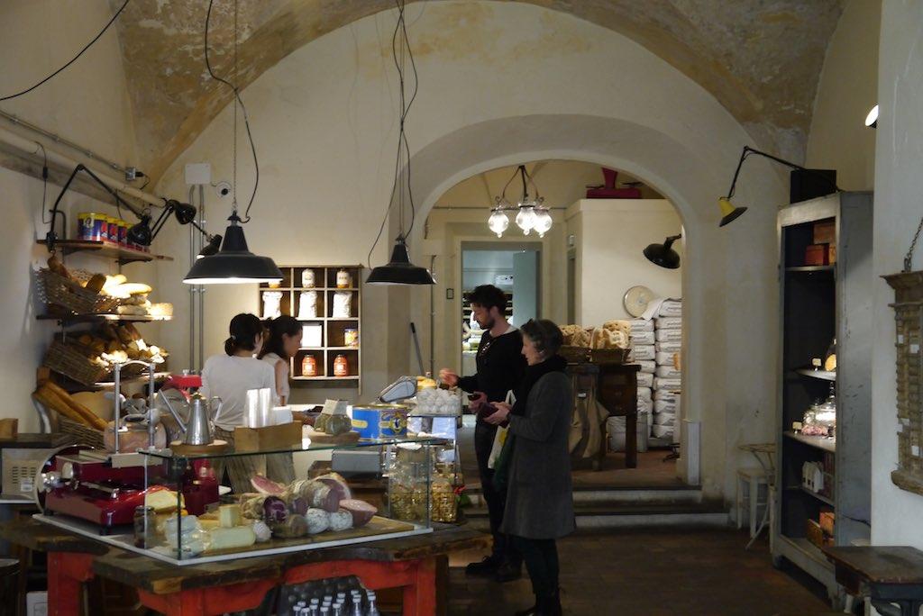 Blick in das Panificio Sforno in Florenz Oltrarno