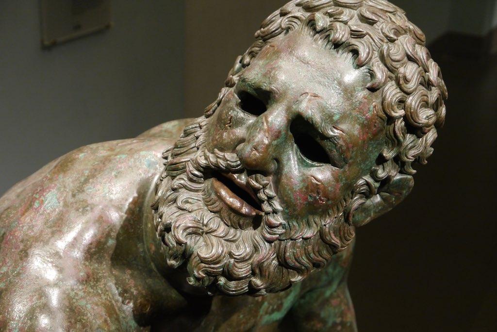 Antike Bronzestatute eines Boxers