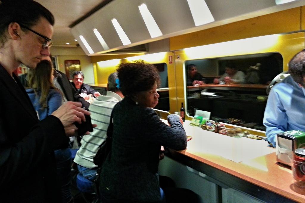 Zugrestaurant im Nachtzug nach Lissabon.