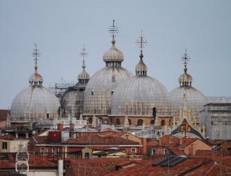 Venedig – Neue Kunst in alten Schachteln