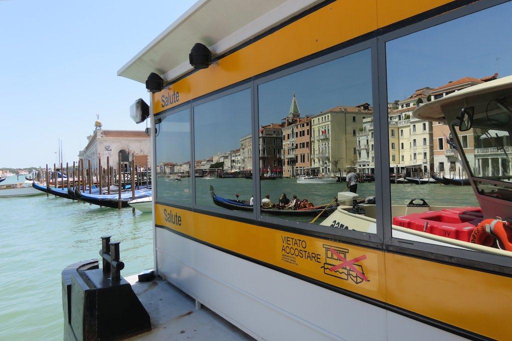 Venedig: Canale Grande Haltestelle Salute