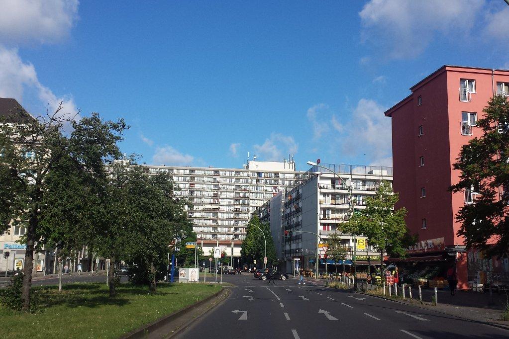 Berlin_Pallasseum_Straßenansicht