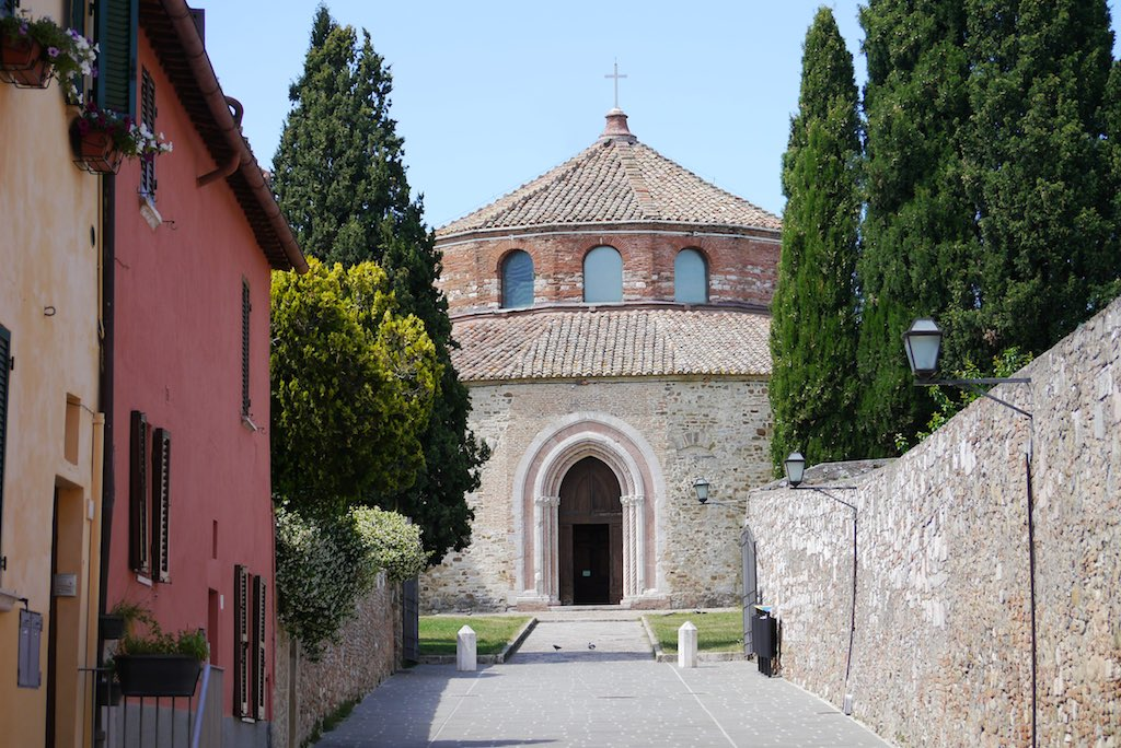 Die Rundkirche Sant' Angelo in Perugia