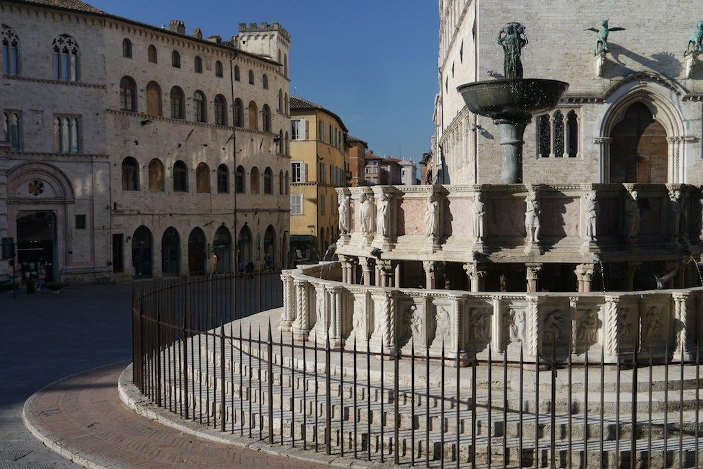 Detail der Fontana Maggiore