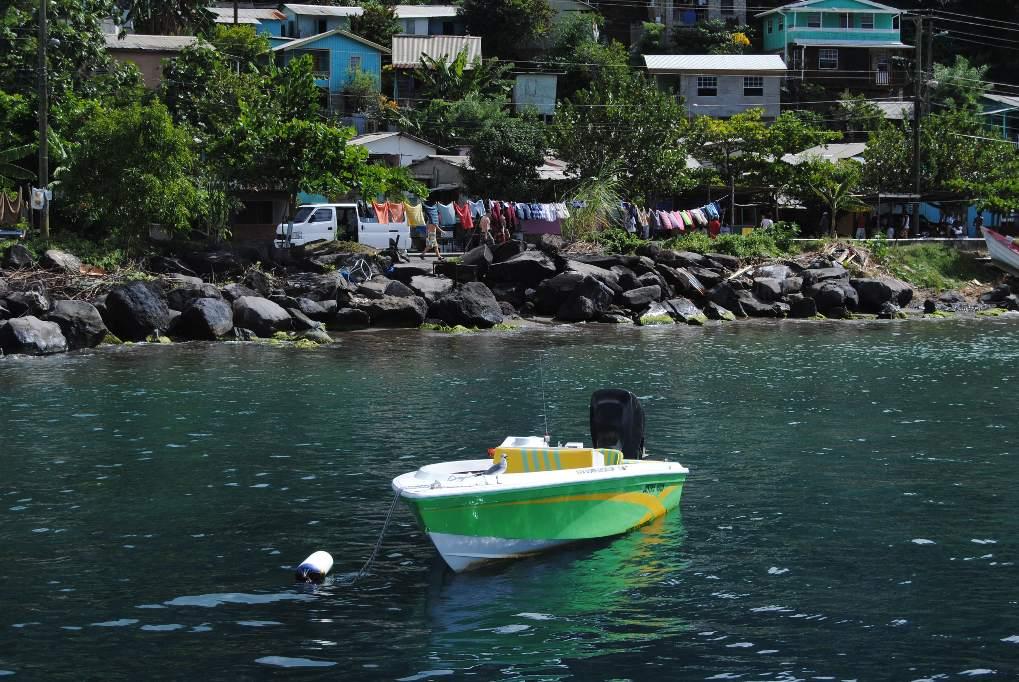 Karibik_Impression_buntes_Boot
