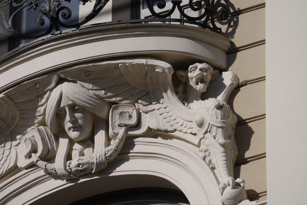 Balkongitter mit Ornament in Riga.