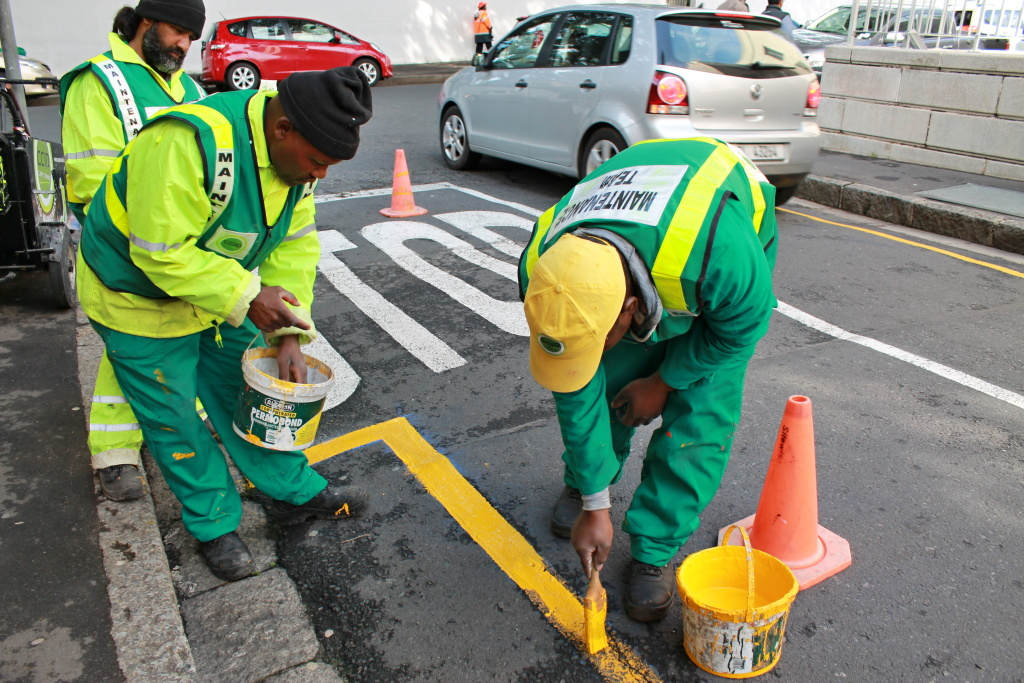 Straßenarbeiten in Kapstadt.