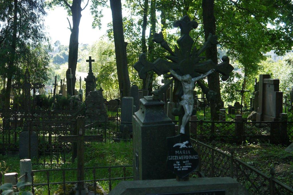 Blick auf dei Gräber des Friedhofs der Bernhardiner Brüder in Vilnius