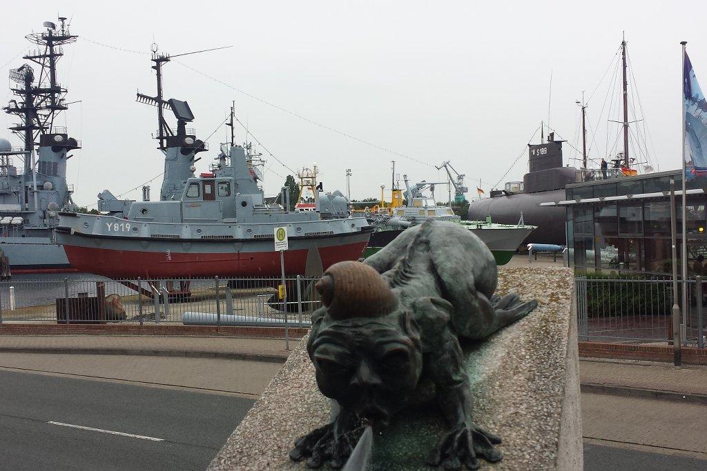wilhelmshaven-vor-dem-marine-museum