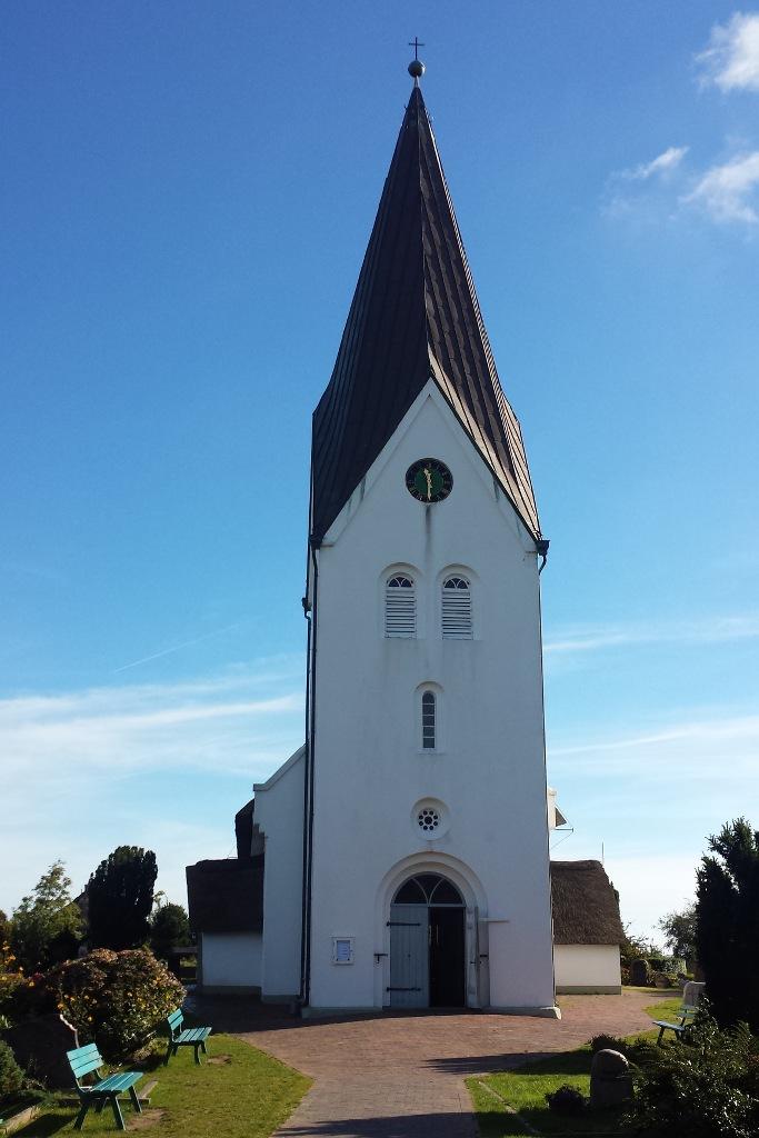 amrum-nebel-st-clemens-kirche