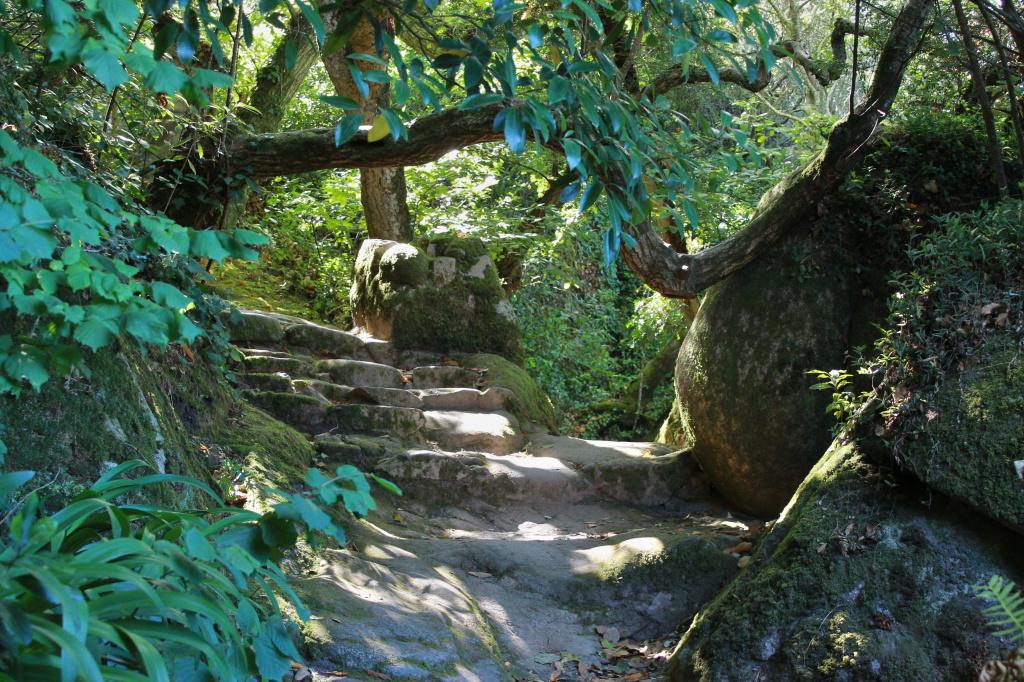 Sintra: Das Kloster im Wald