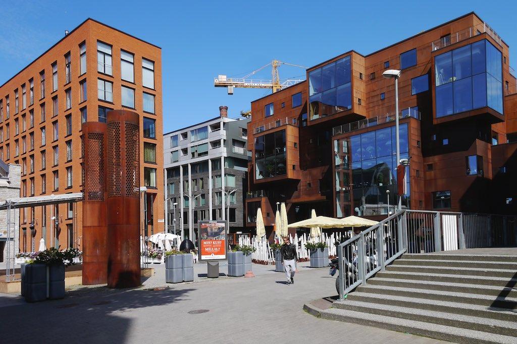 Der Erweiterungsbau des alten Mehlspeichers im Rottermann Viertel in Tallin