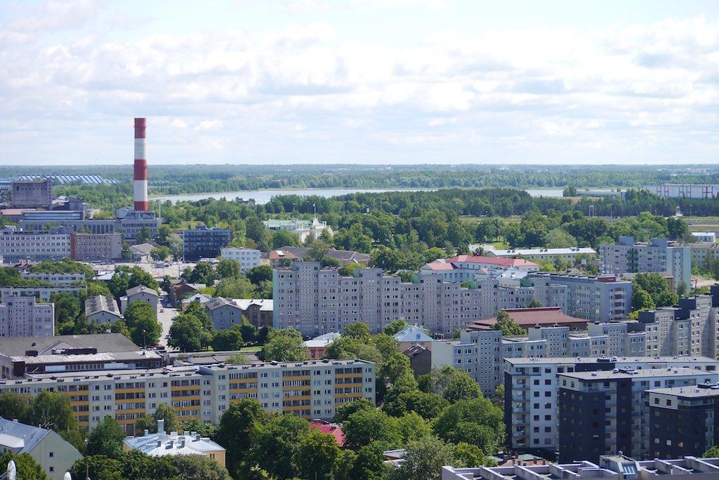 Blick von Radisson Hotel in Tallin auf den Ülemiste See