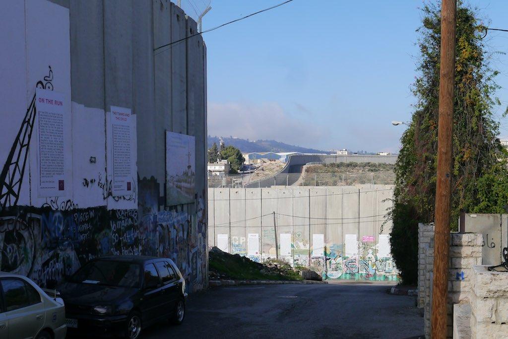 Die israelische Speeranlage zwischen dem Westjordanland und Israel
