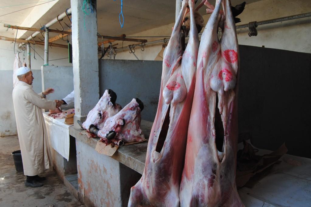 marokko-berber-markt-fleischerei