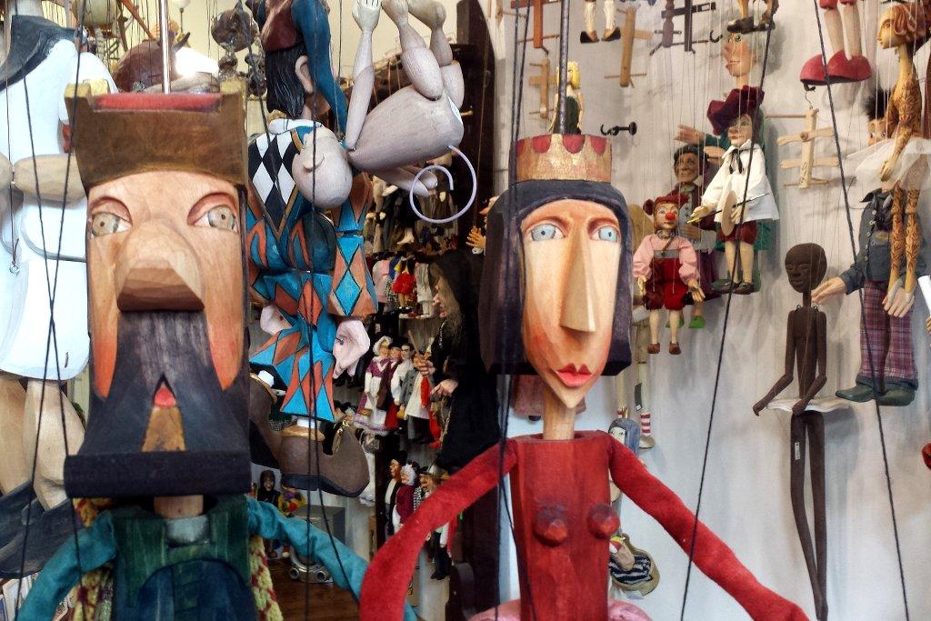 prag-marionety-2]