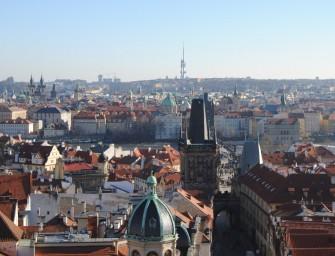 Prag lässt die Puppen tanzen