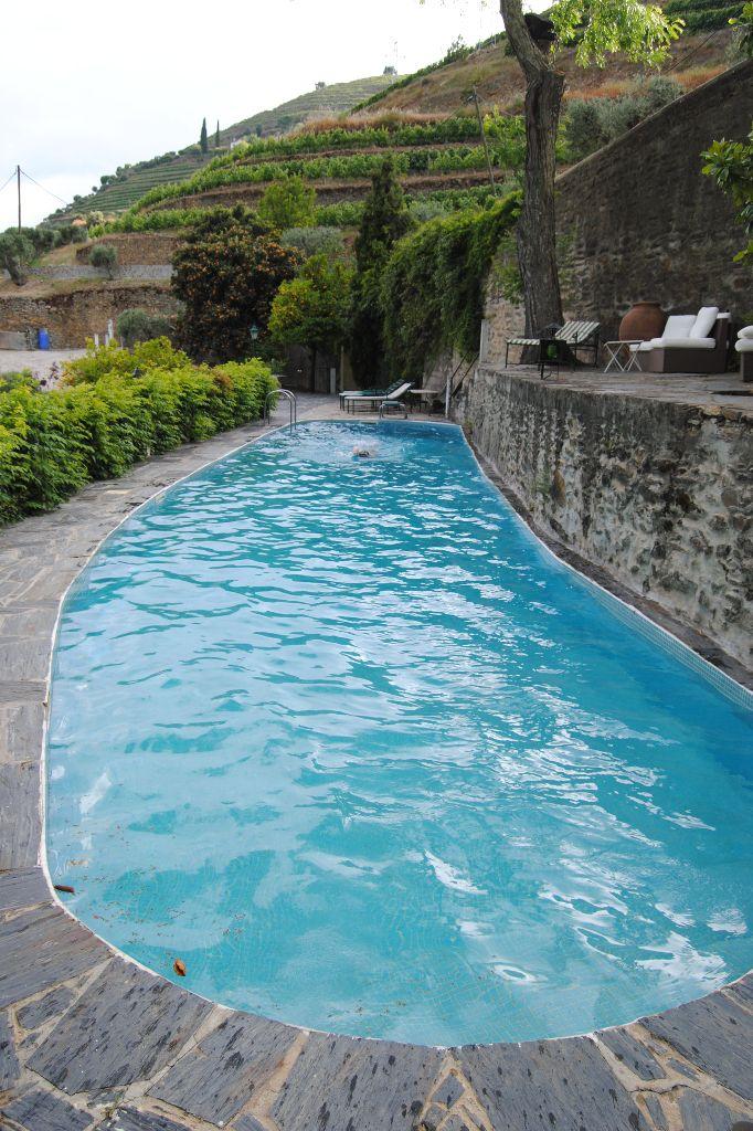 pinhao-quinta-pool-hoch-neu