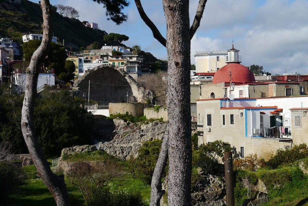Die Termen der Diana in Baiae auf den Campi Flegrei