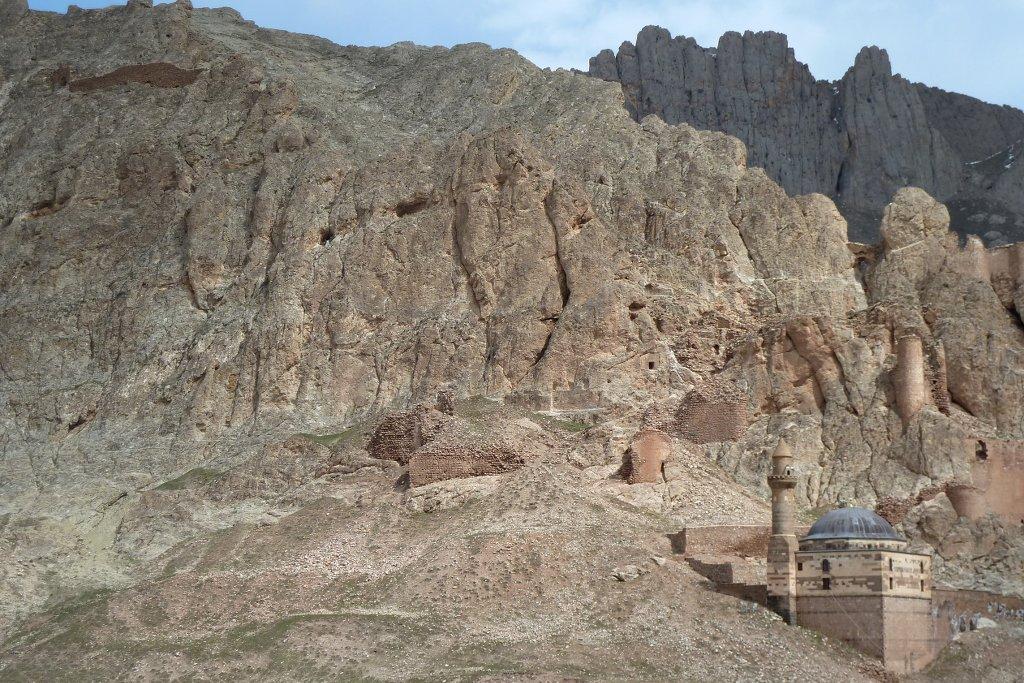 kurdistian moschee im berg