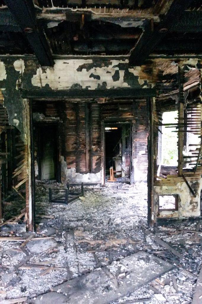 Detroit_verbranntes-haus-hf2