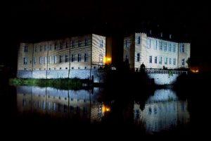 Romantik pur: Schloss Dyck by night - stimmungsvoll angeleuchtet während der Illumina 2016