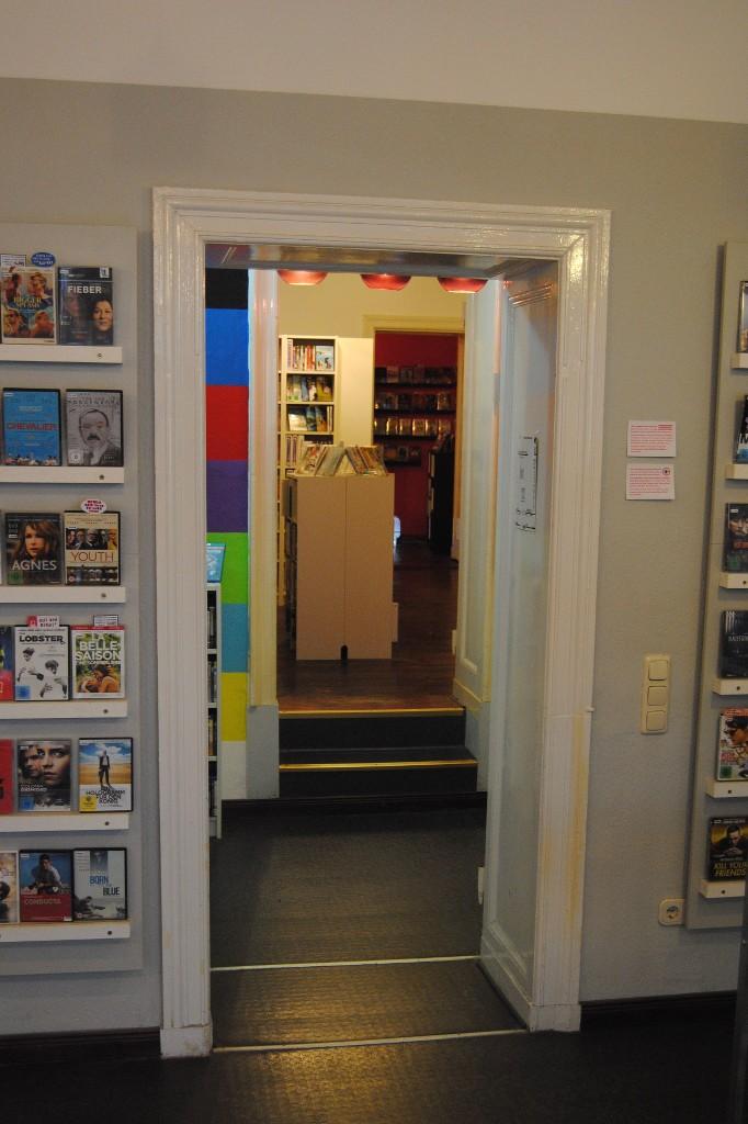 Hinterzimmer einer Videothek in Berlin.