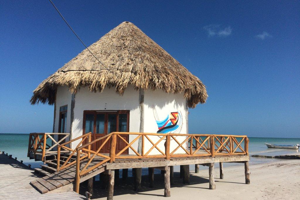 Strandhütte am Meer.