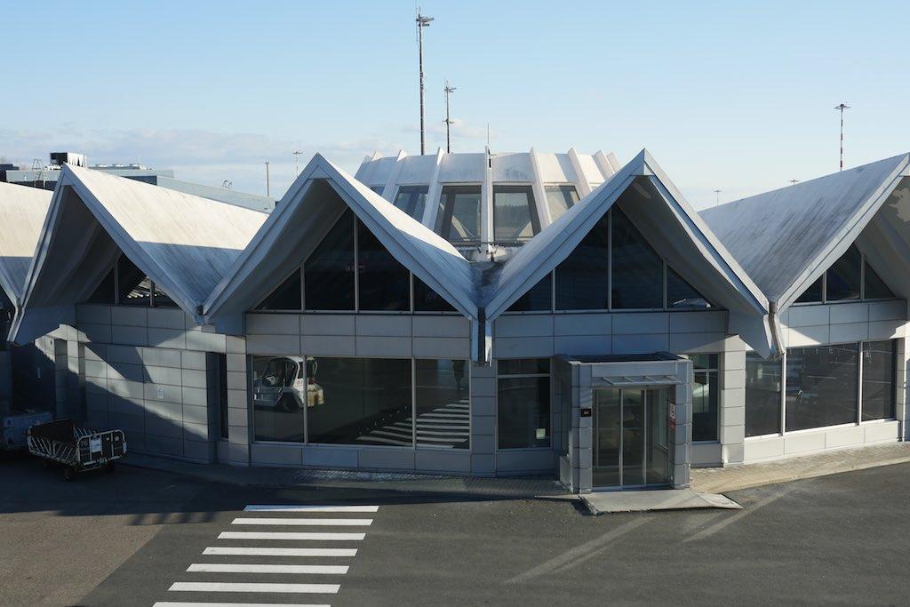 Das sowjetische Flughafengebäude in Riga.