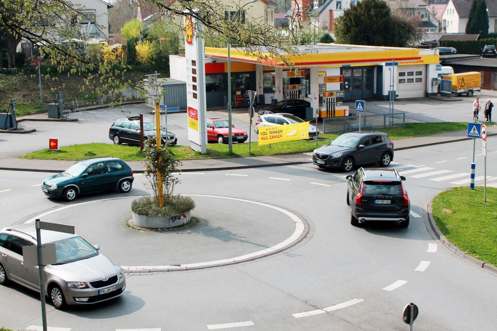 Rush Hour in Bad Sassendorf: Besonders am Wochenende ist viel los. Dann bekommen die Rehabilitanden Besuch, und außerdem ist im Kurort immer verkaufsoffener Sonntag.