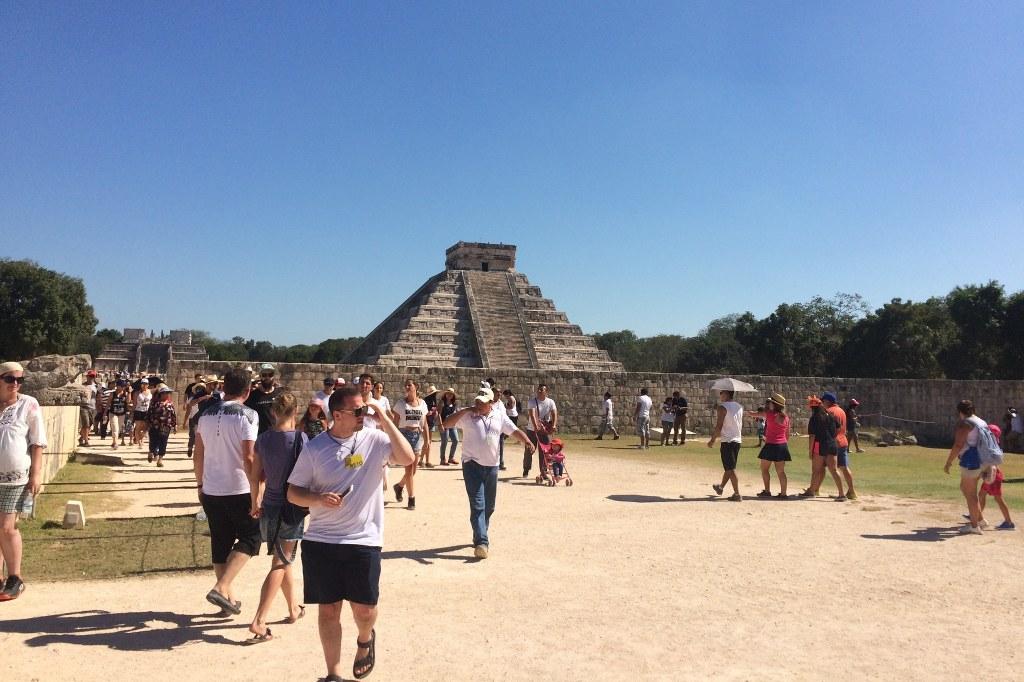 Pyramide in den Tempelanlagen von Chichén Itzá.