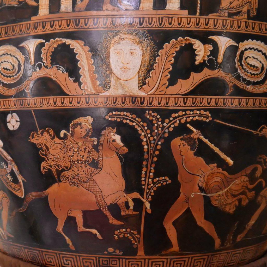 Griechische Vase aus dem Museo Nazionale Palazzo Jatta mit dem Kampf gegen die Amazonen.