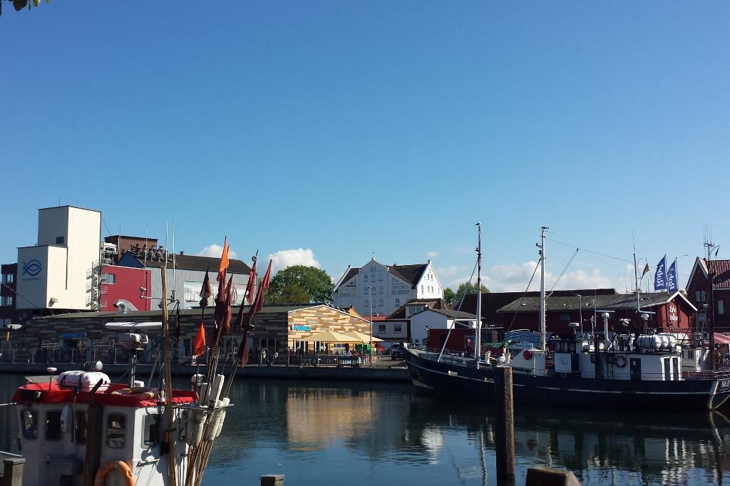 Fischmarkt am Hafen.