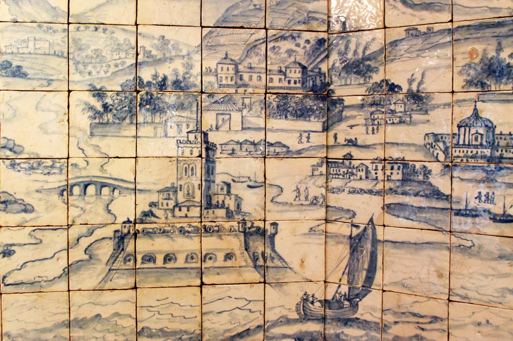 Lissabon Tipp: Mit der Metro zu den Azulejos Kacheln: Das Panorama von Lissabon zeigt den Torre de Belém noch in seiner ursprünglichen Lage mitten im Fluss.