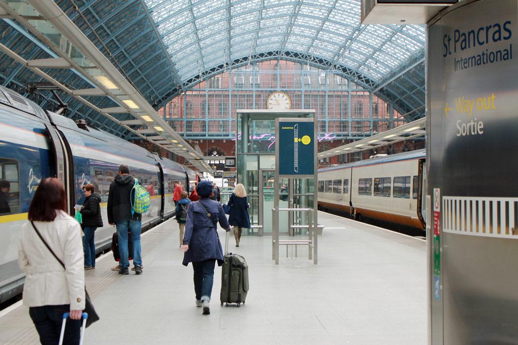 Zugreise nach London: 5 Gründe für den Eurostar – Ankunftshalle im Bahnhof St. Pancras International