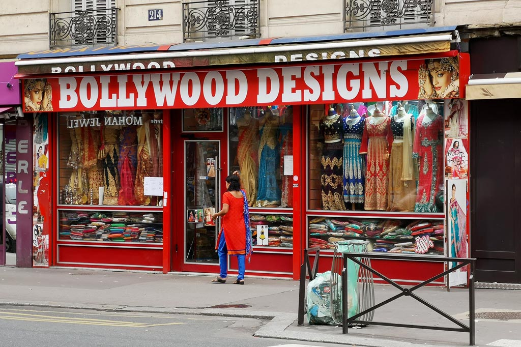 "Tagesausflug: Mal eben im Thalys nach Paris – Ladenfront der Boutique ""Bollywood Designs"" in ""Little India"", Paris"