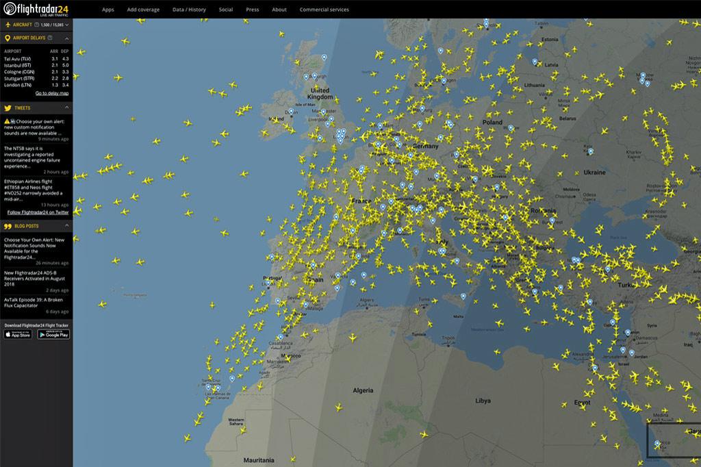 Screenshot-Flightradar24: viele gelbe Flugzeugsymbole illustrieren die Dichte des Flugverkehrs über Europa - Glosse zu Flugreisen und Klimawandel