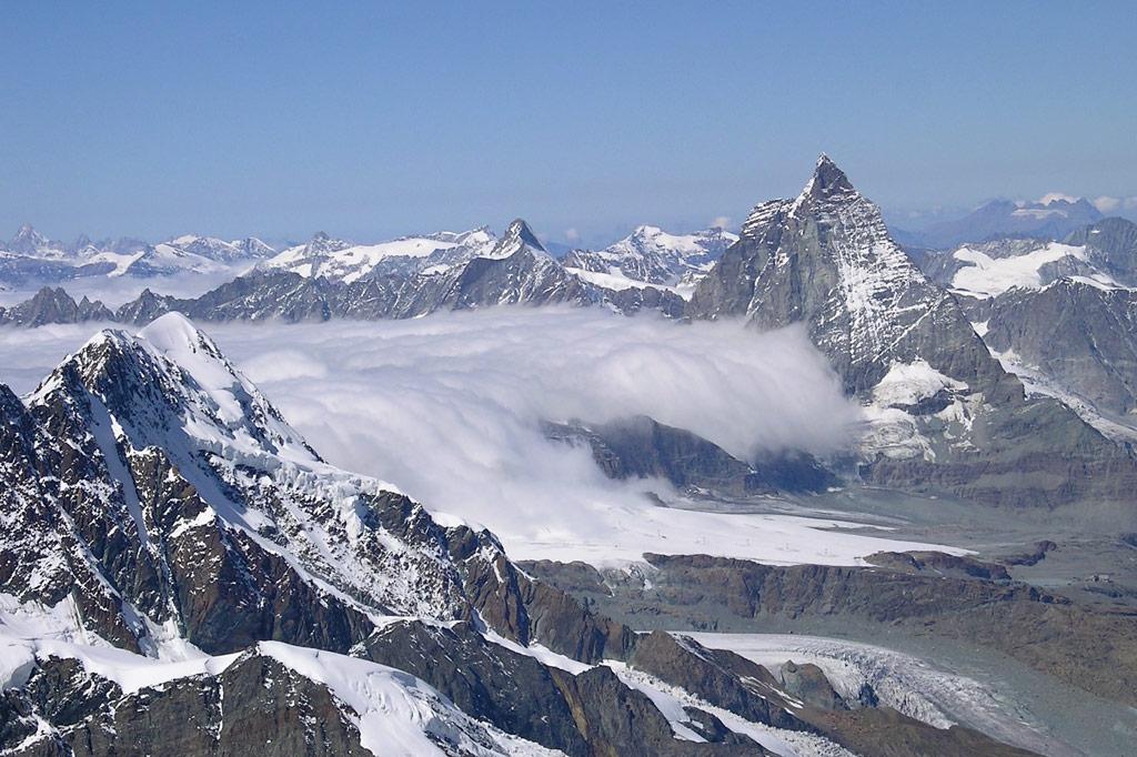 Alpenpanorama, hier mal ohne Pisten – Wintersport in den Alpen: Schnee 4.0 vs. Klimawandel