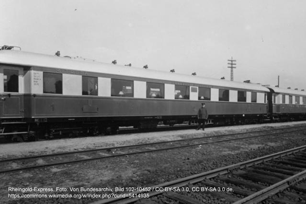 """Der Rheingold-Express, damals der schnellste Zug Deutschlands, in einer Aufnahme von 1930. Ein Flüchtling in Deutschland - """"Der Reisende"""" von U. A. Boschwitz"""